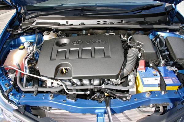 2013 Toyota Corolla ZRE182R Ascent Sport Hatchback image 19