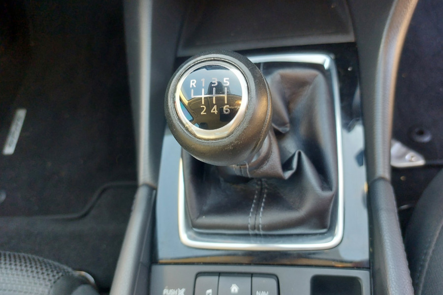 2015 Mazda 3 BM5436 SP25 Hatchback Image 15