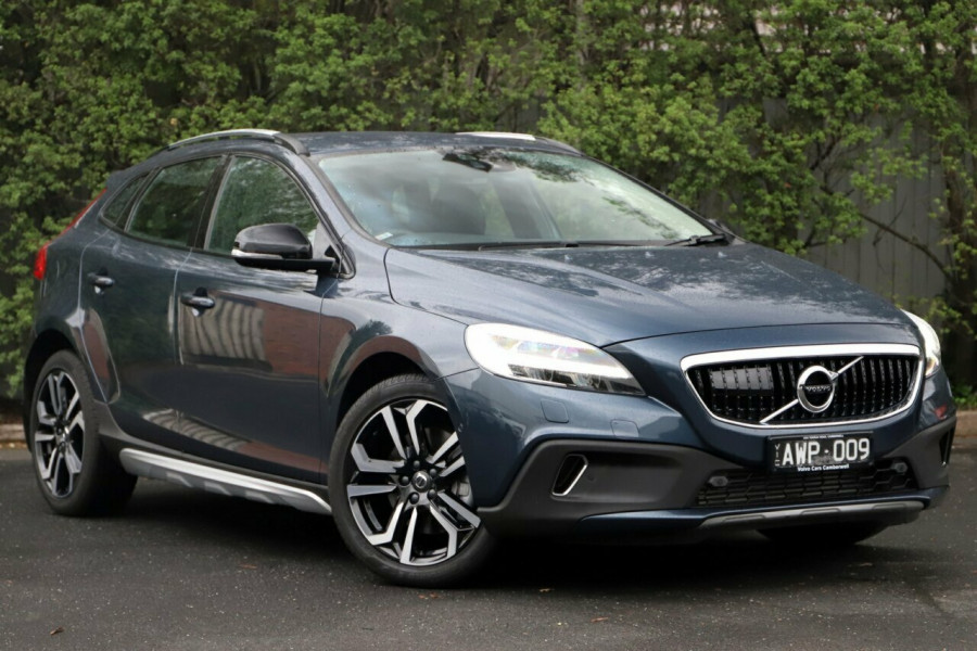 2017 Volvo V40 Cross Country M Series MY17 D4 Adap Geartronic Inscription Hatchback