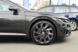 2018 Volkswagen Arteon 3H R-Line Liftback Image 5