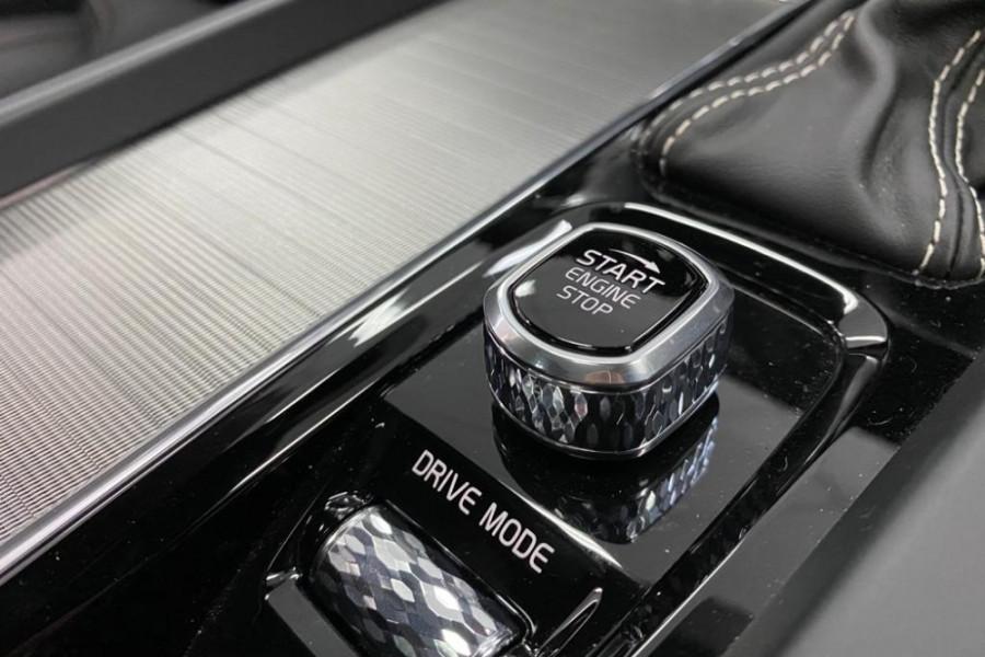2020 Volvo S60 Z Series T5 R-Design Sedan Image 18