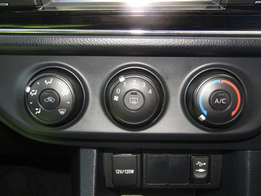 2014 Toyota Corolla ZRE172R Ascent Sedan Image 21