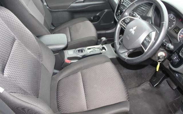 2012 MY13 Mitsubishi Outlander ZJ MY13 ES Wagon