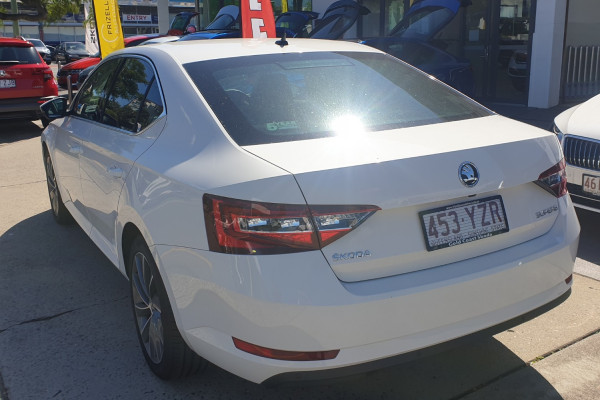 2018 MY19 Skoda Superb NP 162TSI Sedan Sedan Image 3