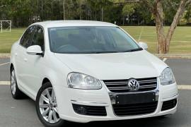 Volkswagen Jetta 118 TSI 1KM MY10