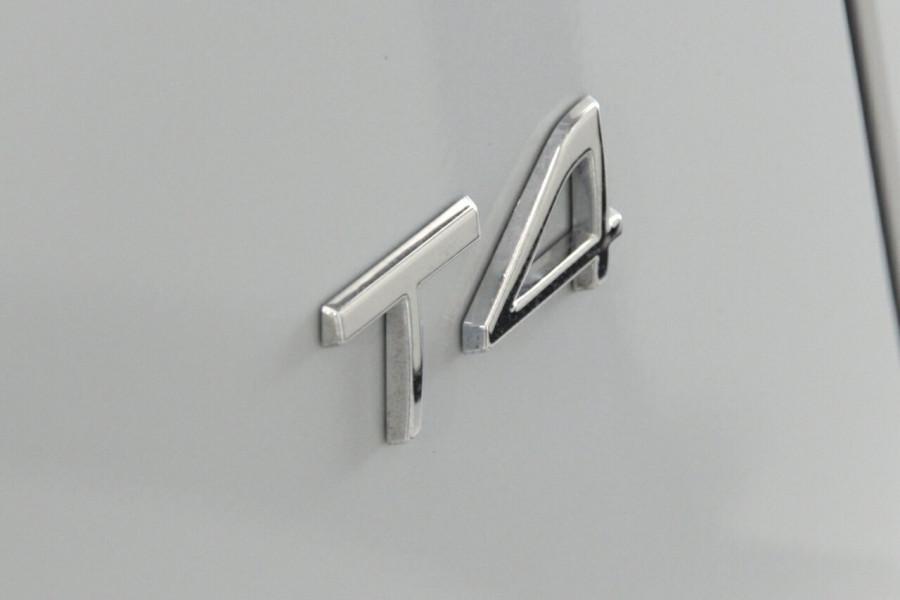 2019 MY20 Volvo XC40 536 MY20 T4 Momentum (FWD) Suv Image 15