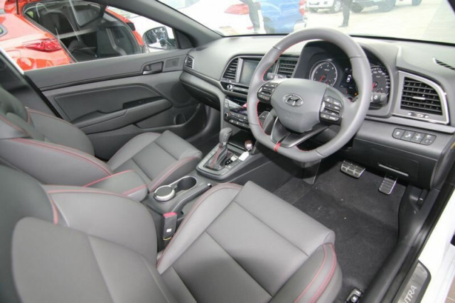 2018 Hyundai Elantra AD SR Sedan