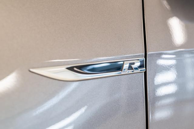 2016 Volkswagen Golf 7 R Hatchback Image 13