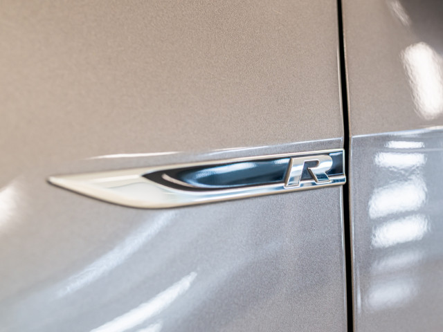 2016 Volkswagen Golf 7 R Hatchback