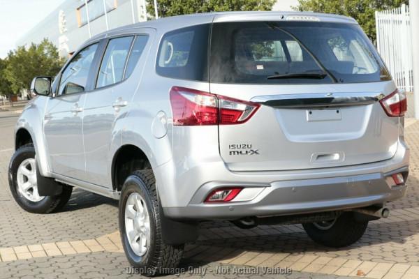 2020 MY19 Isuzu UTE MU-X LS-M 4x4 Wagon Mobile Image 3