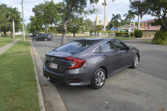 2018 Honda Civic 10 MY18 Sedan Image 4
