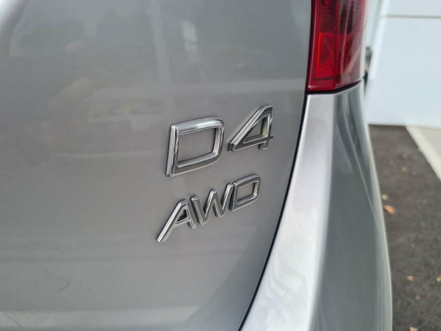 2016 Volvo V60 CC D4 LUX Wagon Image 19