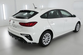2019 MY20 Kia Cerato Hatch BD S Hatchback Image 2