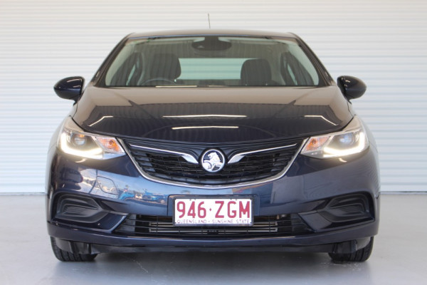 2017 Holden Astra BL MY17 LS Sedan Image 3