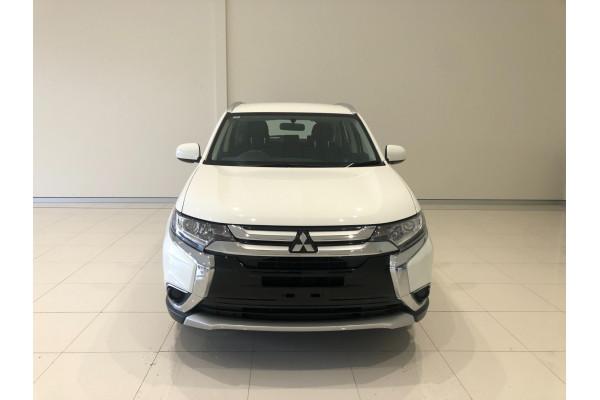 2017 Mitsubishi Outlander ZL ES Awd wagon Image 3