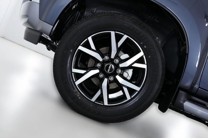2019 Isuzu UTE MU-X LS-T 4x4 Wagon Image 21