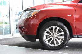 2014 Nissan Pathfinder R52 MY14 ST Suv Image 5