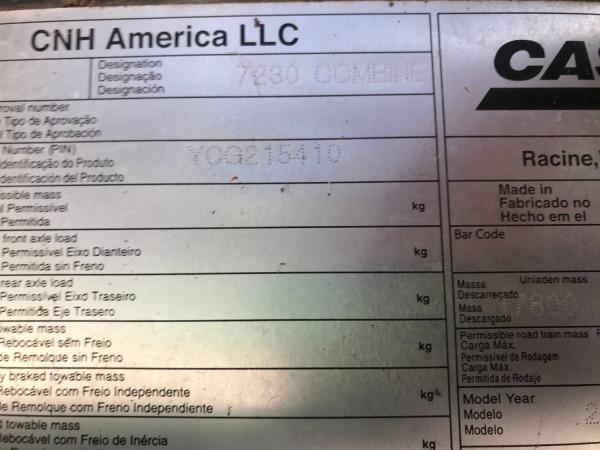 2012 Case IH 7230 Combine front & header