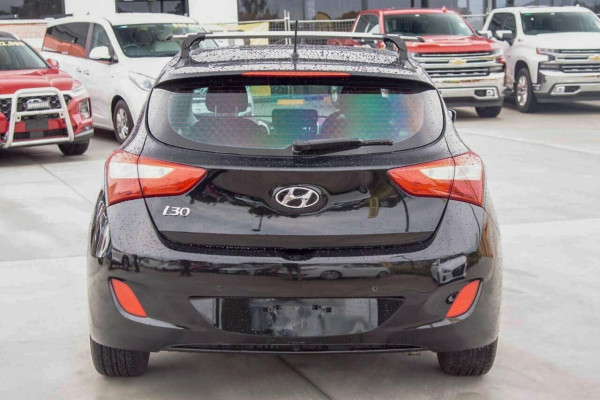 2016 Hyundai i30 GD4 Series 2 Active Hatchback Image 4