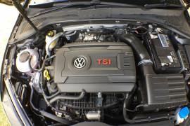 2019 Volkswagen Golf 7.5 GTi Hatchback Image 3