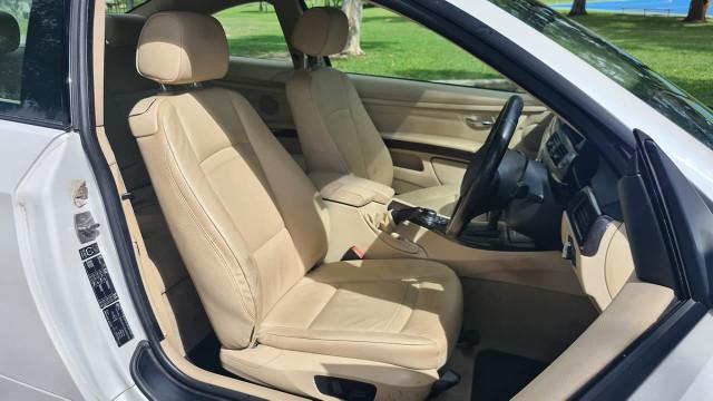 2012 BMW 3 Series E92 320d Coupe Image 11