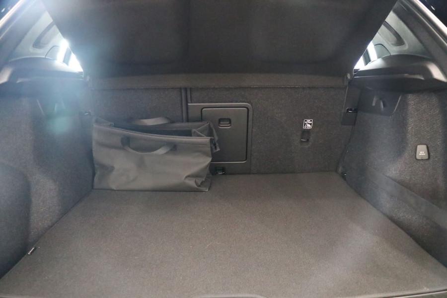 2021 Volvo XC40 XZ T5 Recharge PHEV Suv Image 22
