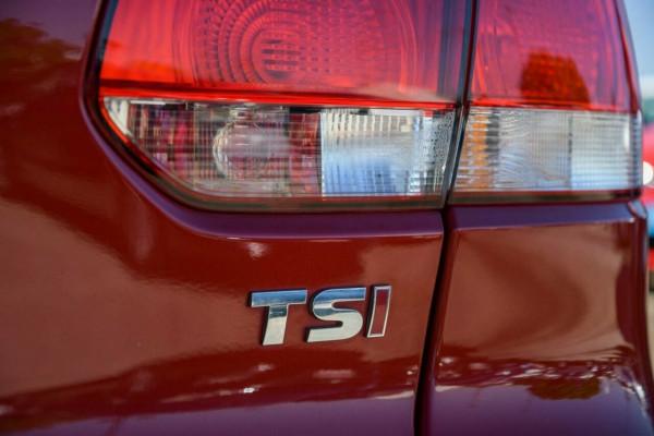 2011 Volkswagen Golf VI MY11 90TSI Trendline Hatchback Image 5