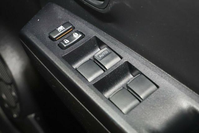 2014 Toyota Yaris NCP130R YR Hatchback Image 21