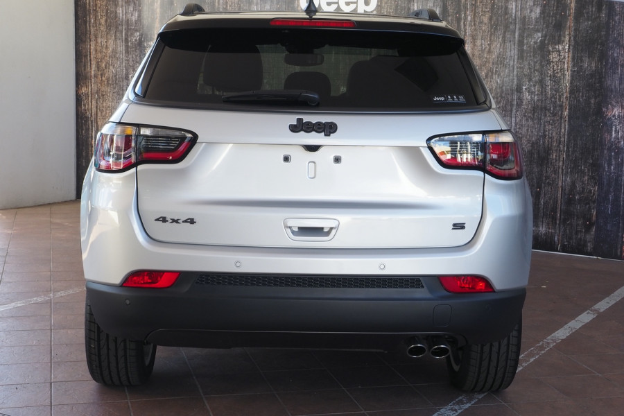 2020 Jeep Compass M6 S-Limited Suv Image 23