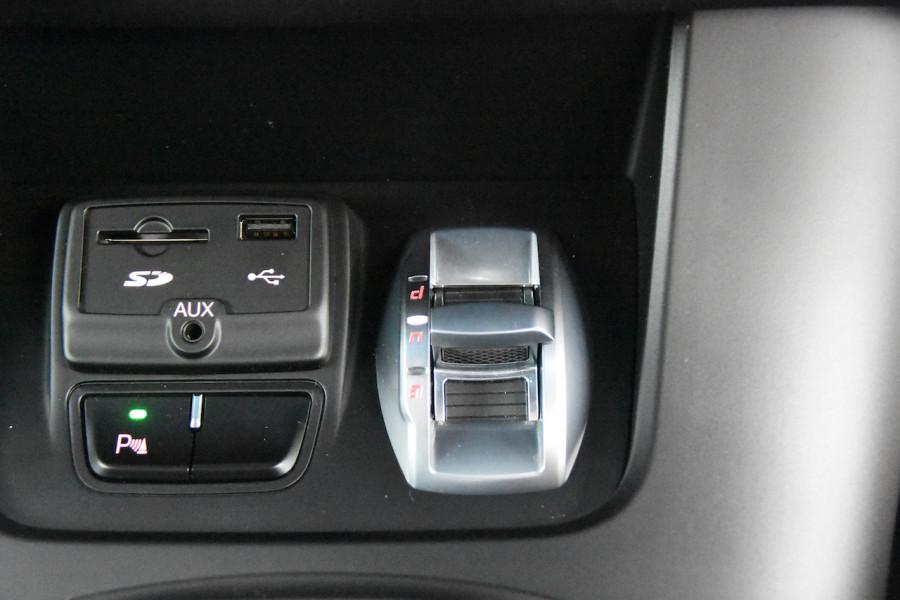 2015 Alfa Romeo Giulietta Vehicle Description.  1 Quadrifogl Hatch 5dr TCT 6sp 1.8T Quadrifoglio Verde Hatchback Image 17