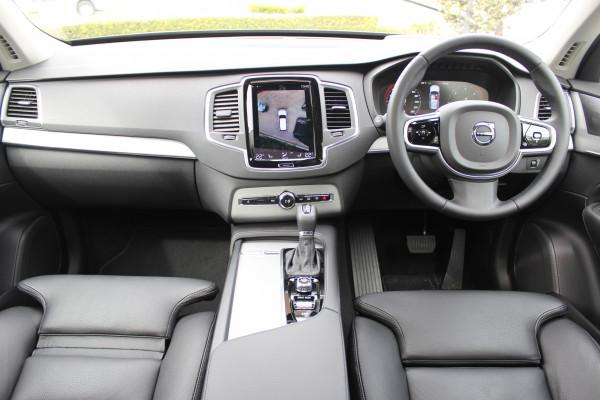 2019 MY20 Volvo XC90 L Series D5 Momentum Suv Image 3
