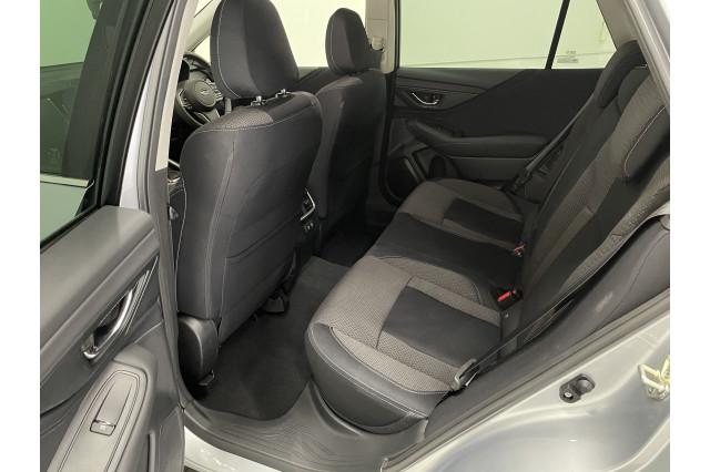 2021 Subaru Outback AWD Suv Image 4