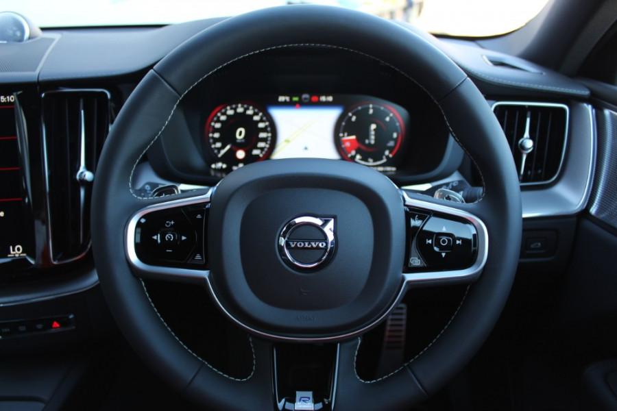 2019 MY20 Volvo XC60 UZ D5 R-Design Suv Mobile Image 16