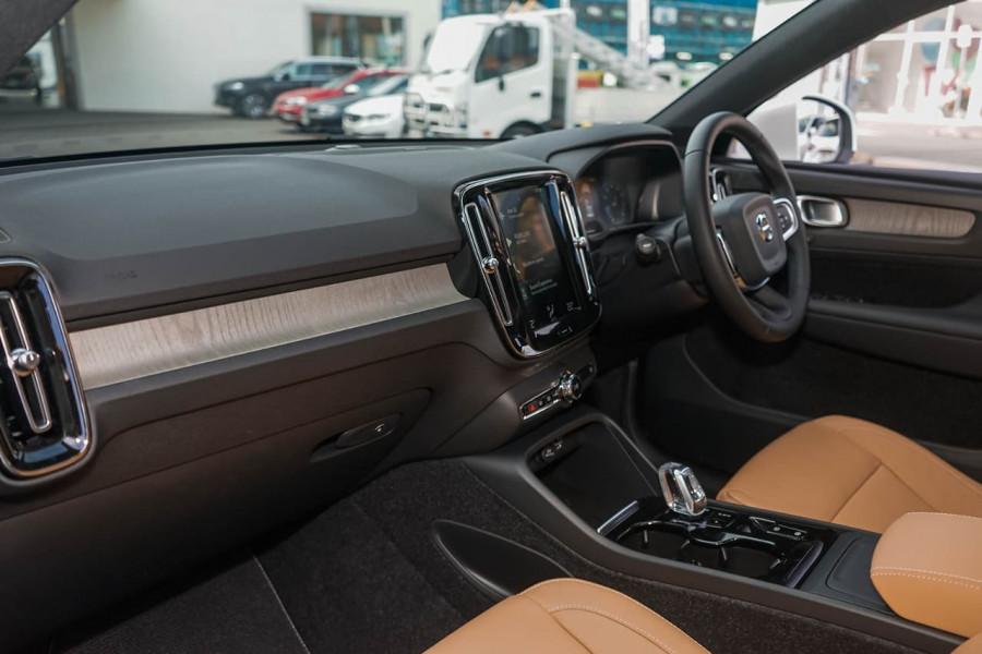 2019 MY20 Volvo XC40 XZ T4 Inscription Suv Mobile Image 5