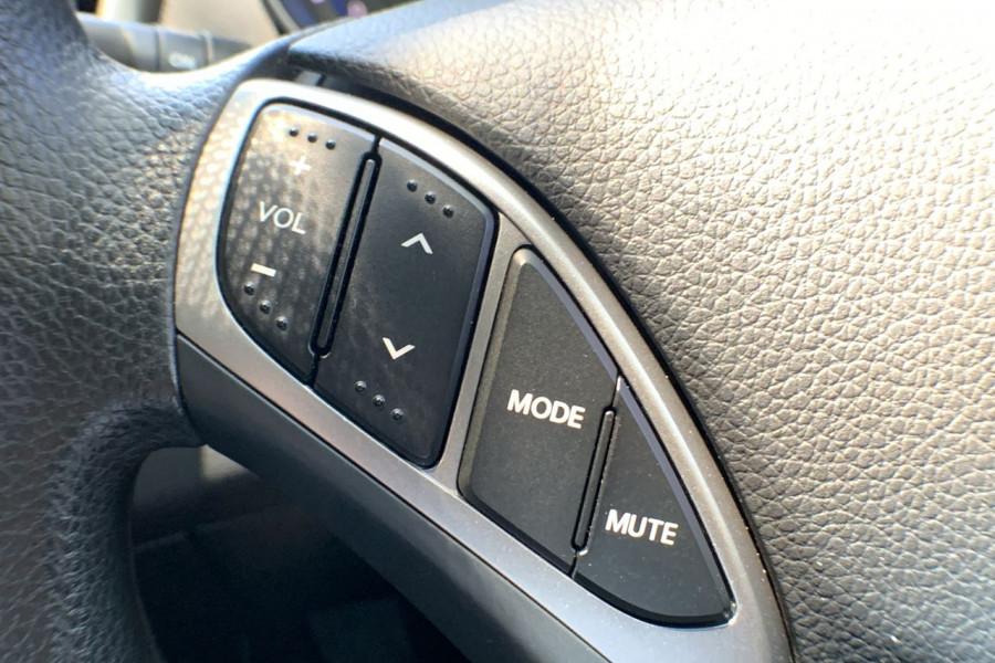 2013 Hyundai I30 GD Active Hatch Image 10