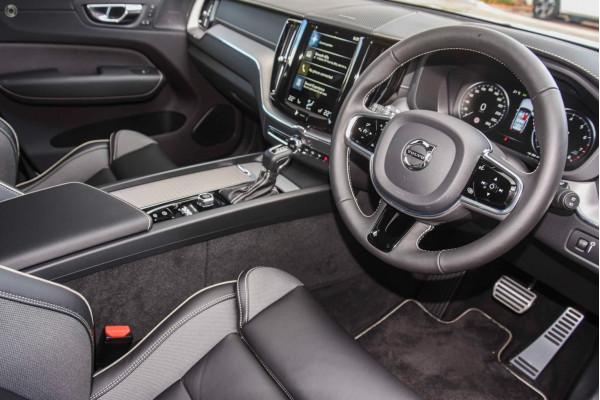 2020 MY21 Volvo XC60 (No Series) T6 R-Design Suv Image 5