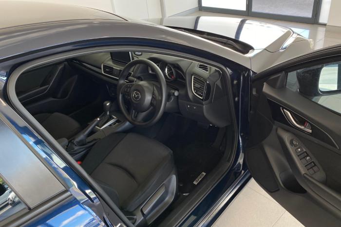 2015 Mazda 3 BM5278 Neo Sedan Image 13