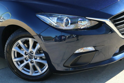 2016 Mazda 3 BM5478 Neo SKYACTIV-Drive Hatchback Image 2