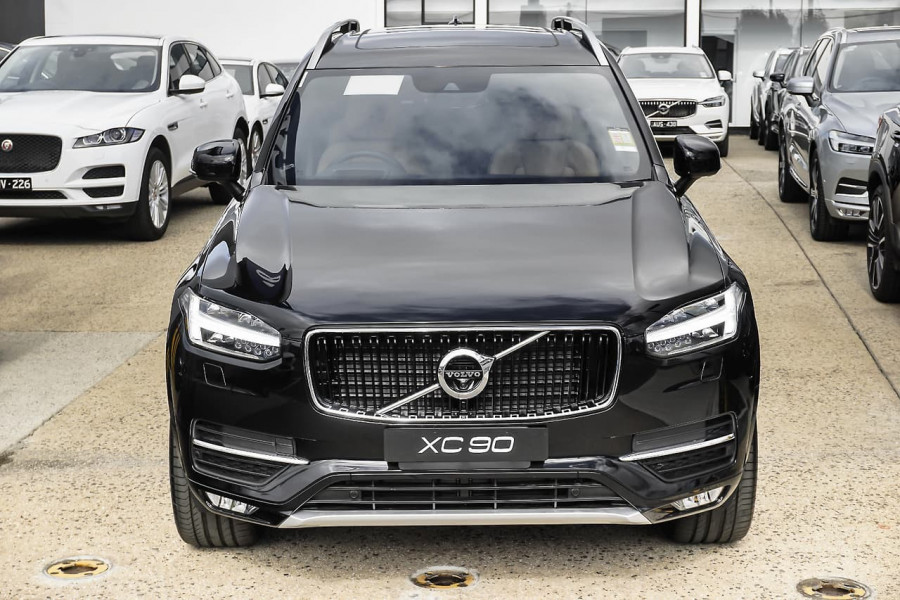 2018 MY19 Volvo XC90 L Series D5 Momentum Suv Mobile Image 2