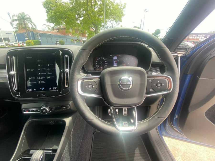 2020 Volvo XC40 XZ T5 R-Design Suv Image 19