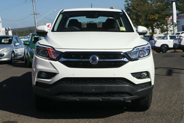 2019 SsangYong Musso Ultimate 7 of 22