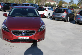 2013 Volvo V40 (No Series) MY14 T4 Luxury Hatchback