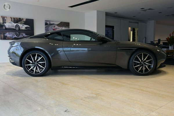 2019 MY19.5 Aston martin Db11 MY19.5 Convertible Image 4