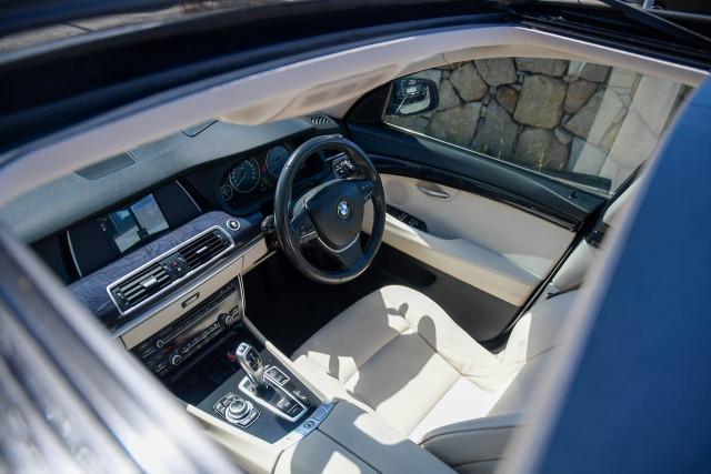 2010 BMW 5 Series F07 MY11 530d Hatchback Image 20