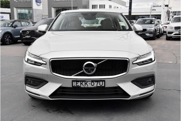 2020 Volvo S60 Z Series T5 Momentum Sedan Image 4