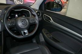 2020 MY21 MG ZST S13 Essence Wagon image 7