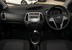 2012 MY13 Hyundai i20 PB MY13 Active Hatchback