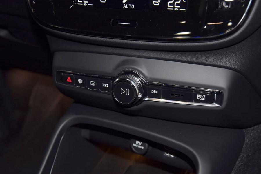 2021 Volvo XC40 XZ T5 Recharge PHEV Suv Image 20