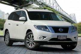 Nissan Pathfinder ST X-tronic 2WD R52 MY15