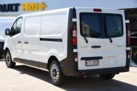 2019 Renault Trafic L1H1 Short Wheelbase Single Turbo Van Image 3